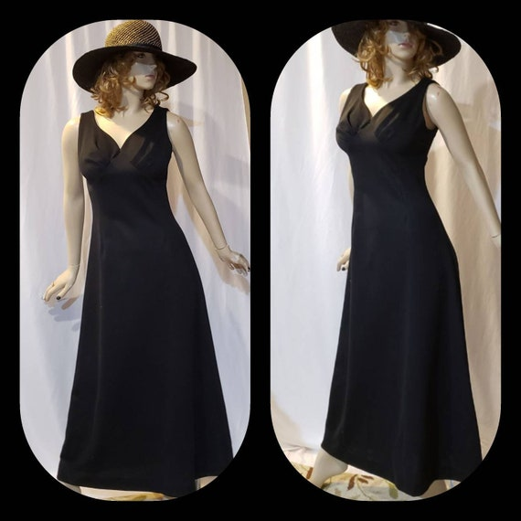 Maxi Black Retro Dress