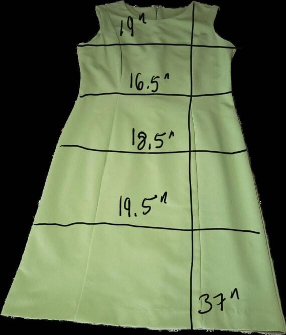 Classic Elegant  Green Dress - image 7