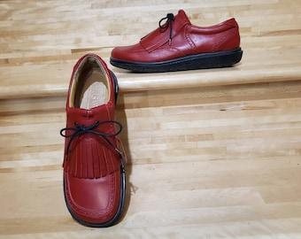 Red VTG Husky Golf Shoes/size 40