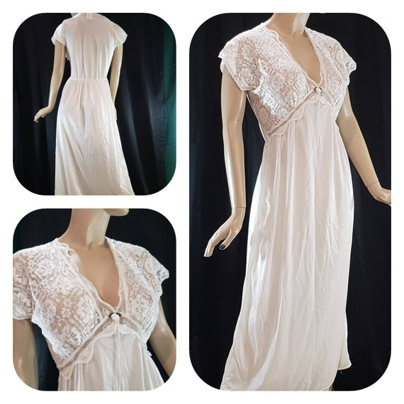 White maxi nightgown  /retro sleepwear