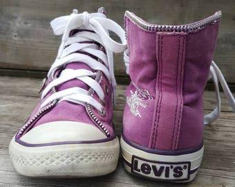 Pink purple levis sneakers/ canvas shoes / sneakers tie up sneakers  size 6 zipper design sneakers