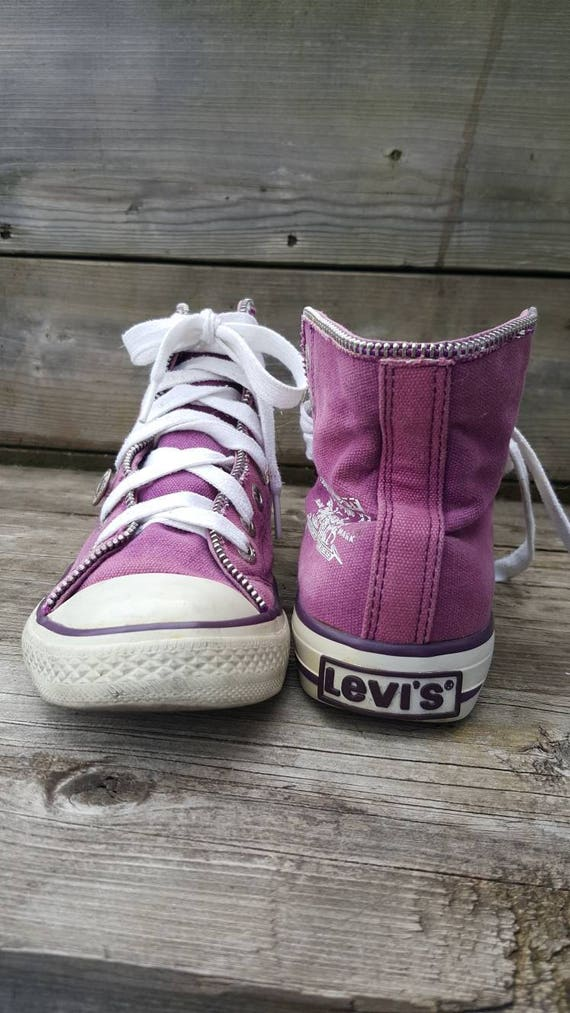 Pink levis sneakers/canvas shoes