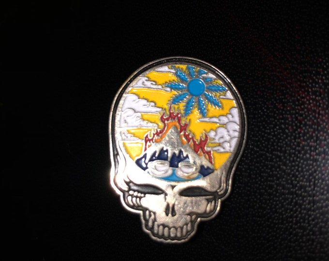 Stealie fire on the mountain pin
