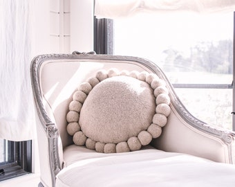 Girasol Pillow- Decorative Pillow- Round Pillow- Pompom Pillow- Home Decor- Throw Pillow- Round Pillow- Mothers Day- Cushion- Boho Decor