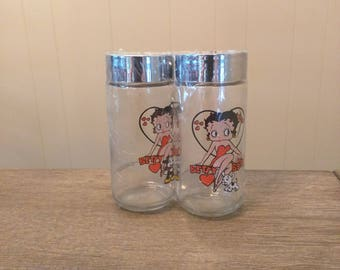 Betty Boop Salt and Pepper Shaker Set Vintage Advertising Novelty Clear Glass large salt and pepper shakers, unique Betty boop gifts