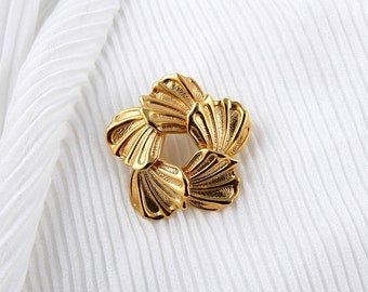 Leaf brooch, mid century style  gold tone  brooch, circular leaf brooch, vintage brooch, costume jewellery, 50's style brooch.