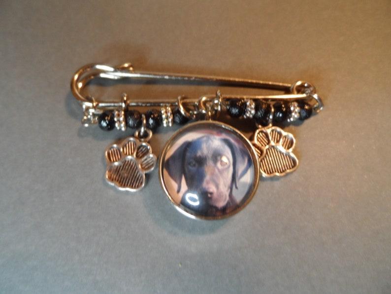 Black Lab Kilt Pin,Free Shipping,Photo Snap Black Lab,Paw Charms,Black Beads,Great Gift.
