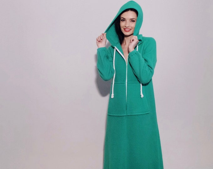 Whoville Snuggie | 1970s Vintage Long Zippered Fuzzy Green Fleece Hoodie Robe Front Pockets Full Length House Coat Hooded Dress | Size XS/S