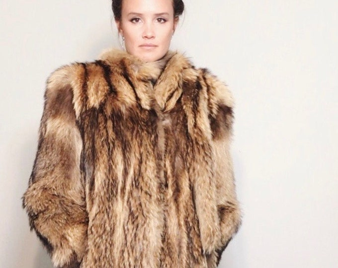 Deuces Coat | 1950s Vintage Tanuki Fur Built-In Scarf Ties Full Length Winter Coat with Velvet Lined Pockets | Size M/L