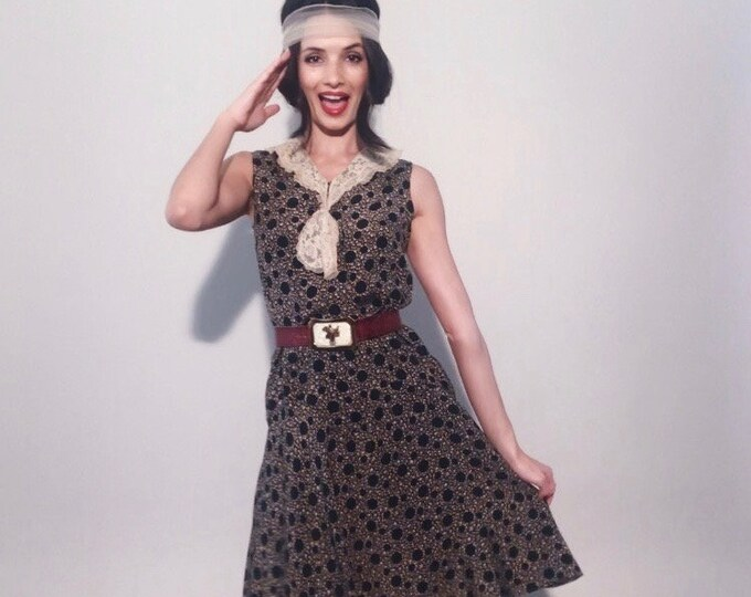 Dottie Dress | 1920-30s Vintage Sailor Lace Collar Polka Dot Floral Silk Sleeveless Flapper Day Dress | Size XXS/XS