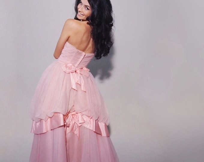 Princess Peach Gown | 1950s Vintage Strapless Pink Chiffon Double Bow Bustle Prom Gown with Brooch + Wrap | Size S