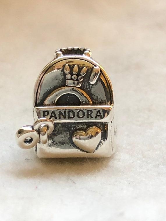 10 Ladybug charms tibetan silver A135