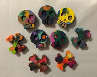Crayon Color Bomb - Skull and Cross Bone Shaped - Multi Color Skull and Cross Bones Crayons