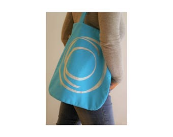 Rebirth shoulder Bag from upcycling material