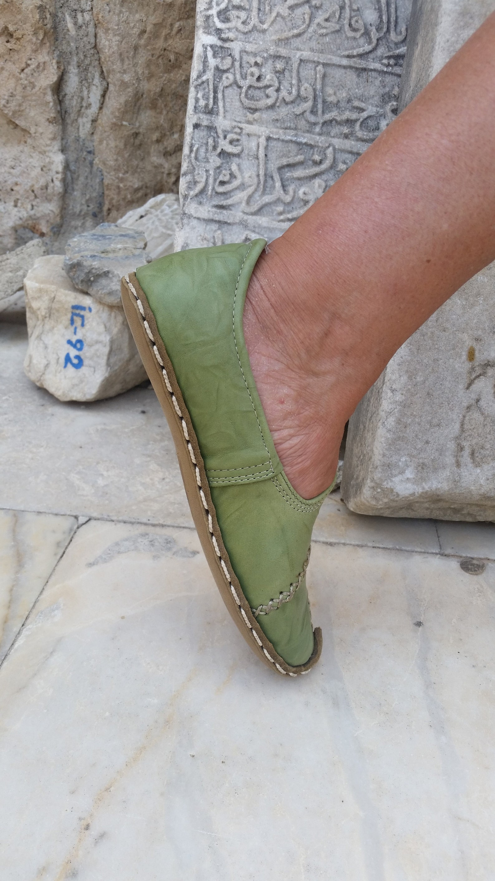 ballet flat  handcrafted leather   renaissance   medieval slipper   driving shoe   lady janes   on my feet all day   no smell  