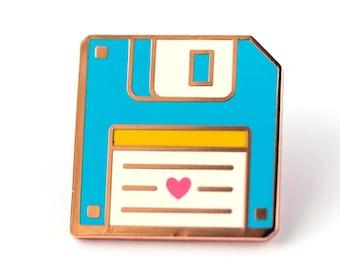 Floppy Disk Retro Cute Hard Enamel Pin - Cute Lapel Pin Gift
