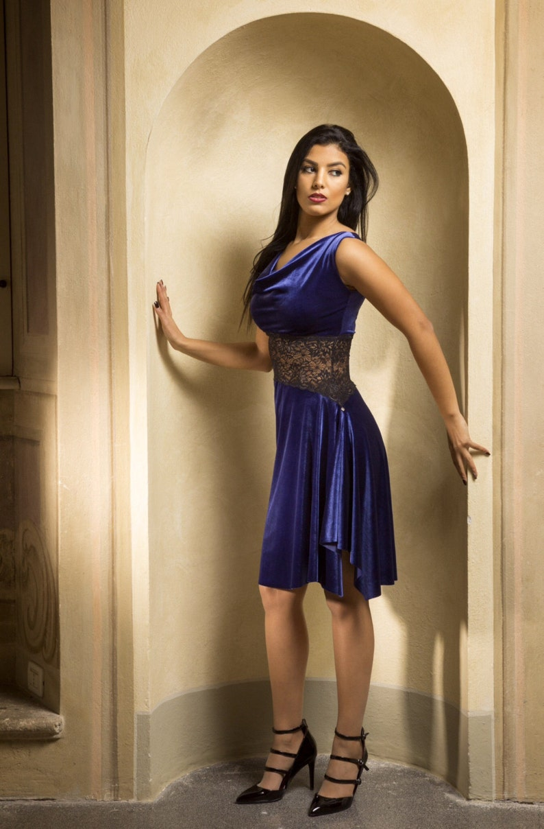 89ec2d241b6 Diagonal dress in Velvet   lace Argentine Tango clothing