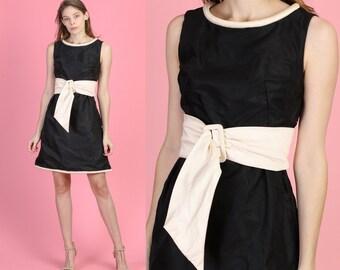 f104b27ec4f 60s Black   White Mod Mini Dress - Extra Small
