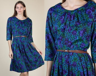 60s Floral Dress | Vintage Pleated Collar Three Quarter Sleeve Knee Length Dress - Small