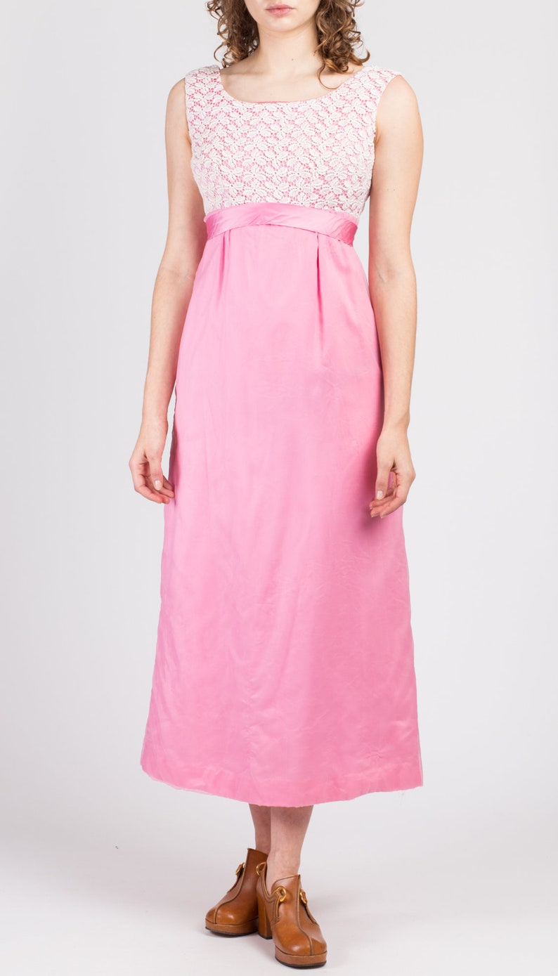 Petite Small Vintage Pink Crochet Maxi Dress 60s 70s Sleeveless Romantic Ankle Length Gown