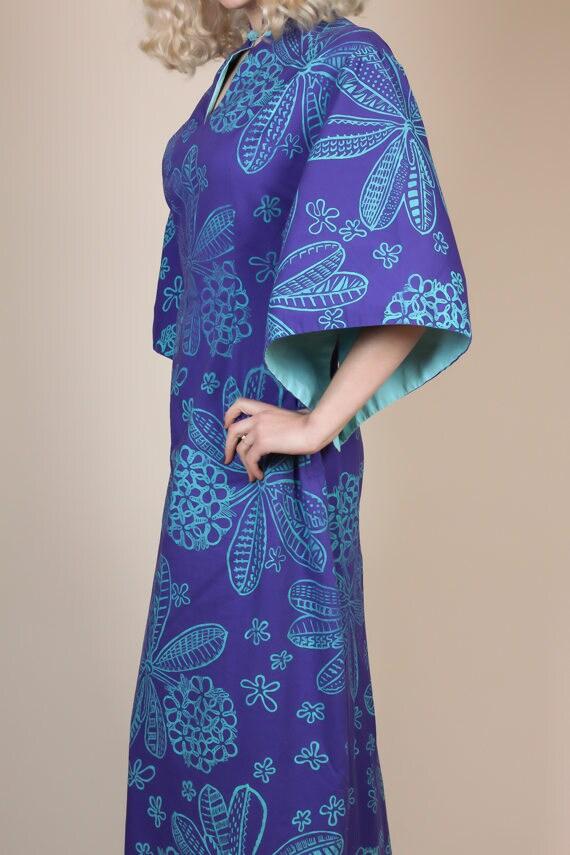 1940s Hawaiian Kimono Sleeve Pake Muu Caftan - Me… - image 2