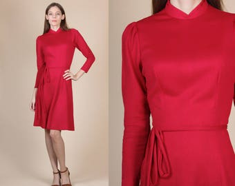 70s Party Dress - XS to Small | Vintage Belted Red Long Sleeve Knee Length Mini