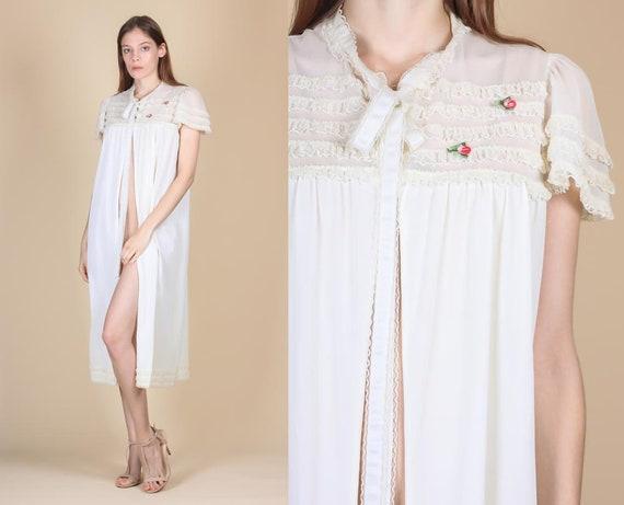 c566b1b8e3c 60s Ruffle Trim Peignoir Small Vintage White Lace Floral