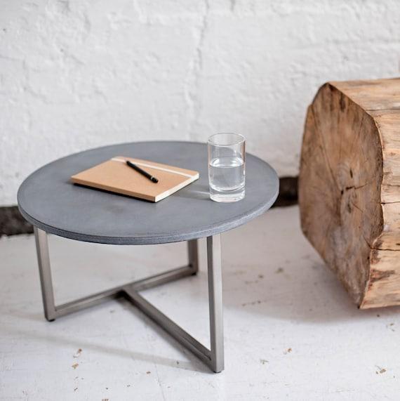 Beton-Tisch, Wohnzimmer-Tisch, Couchtisch, Beistelltisch aus Beton und Stahl