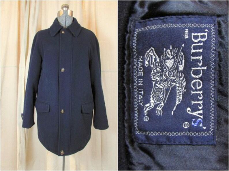 b663688f28 Vintage di Burberry Prorsum uomo giacca in lana e Cashmere. M. ESSO 38R.  Cappotto in lana verde Marina & Loden. Bottoni di Burberry in pelle. Loadsa  ...