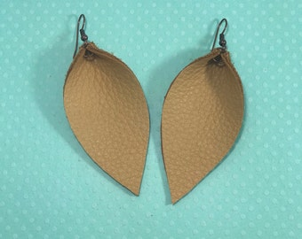 Leather Leaf Earrings: Camel Tan // leather earrings // birthday gift // bridesmaid gift