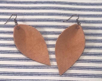 Leather Leaf Earrings: Coral// coral leather earrings // birthday gift// bridesmaid gift