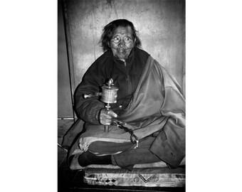 Praying in Upper Pisangs Tibetan Buddhist Gompa