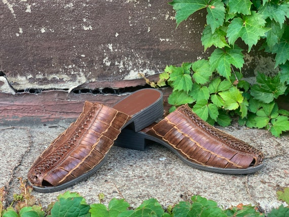Vintage woven braided SLIP ON mules, Tobacco Color