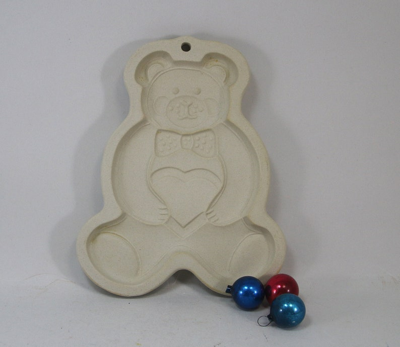 Vintage Teddy Bear Heart Bow Tie Cookie Mold Cutter Pampered Chef 1991