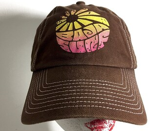 eff29beb74b85 Flower Power Surfer Cap Baja Surf Streetwear Trucker Hat - Distressed  60s-Style Cap - Vintage One-Size Beach Hat Foldable Hippie Hat