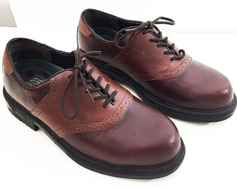 e96701cb2dce0a Saddle Shoes Red and Burgundy - 90s Two Tone Oxford Shoes in Carmine Red  and Indian Red - Nunn Bush Saddle Oxford Round Toe Shoes Mens 8.5
