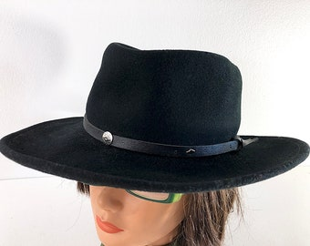 9ef3ae9f 70s Black Cowgirl Hat - Wool Felt Western Hat with Leather Band by Flex Fit  Size Small - Gambler Style Cowboy Hat Vintage Fedora Size 6 7/8