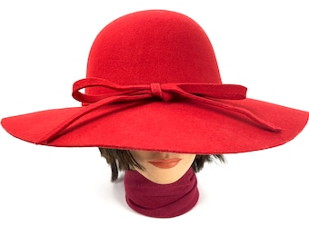 5337d69f7946c Vintage Red Fedora Hat - 70s 80s Soft Wool Felt Hat with Matching Red Band  - 100 Percent Wool Felt Fedora Womens Wide Brim Hat with Felt Bow