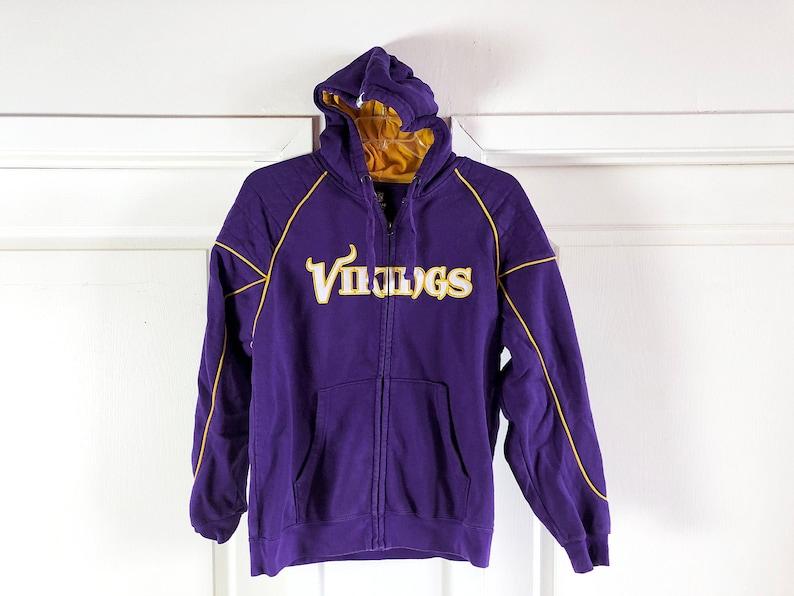 sports shoes 75323 dc596 90s Minnesota Vikings Zip Hoodie Purple & Gold Sweatshirt NFL Apparel -  Minnesota Vikes Spellout Shirt Sleeve Logo Size L NFL Vikings Gift