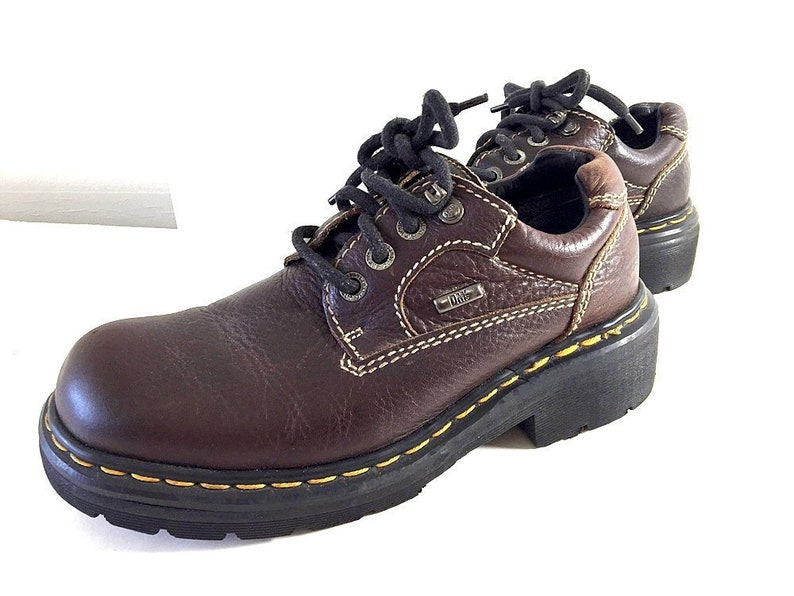 155576c7906ccf Chunky Dr Martens Shoes Mens 8 Womens 9.5 Vintage Low-Heel