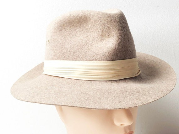 915bbf90e03 60s Tan Wool Fedora Hat with Pastel Peach Fabric Band by