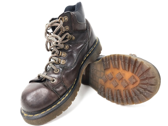 8aef047b70e34 Mens 10 Chunky Dr Martens Boots Brown Leather 90s Doc   Etsy
