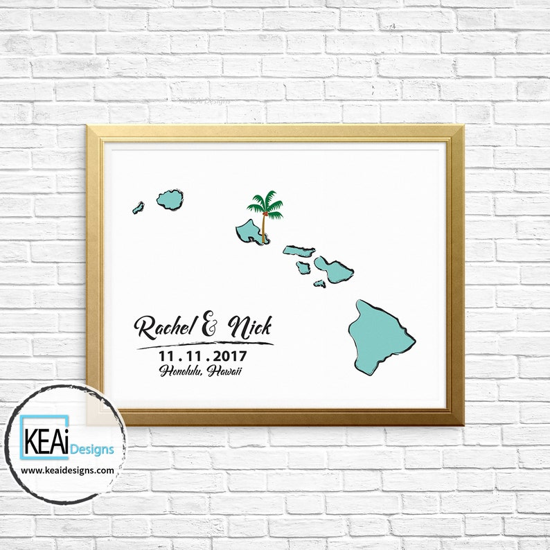 Hawaii Map Wedding Guestbook // Thumb print or Signatures image 0