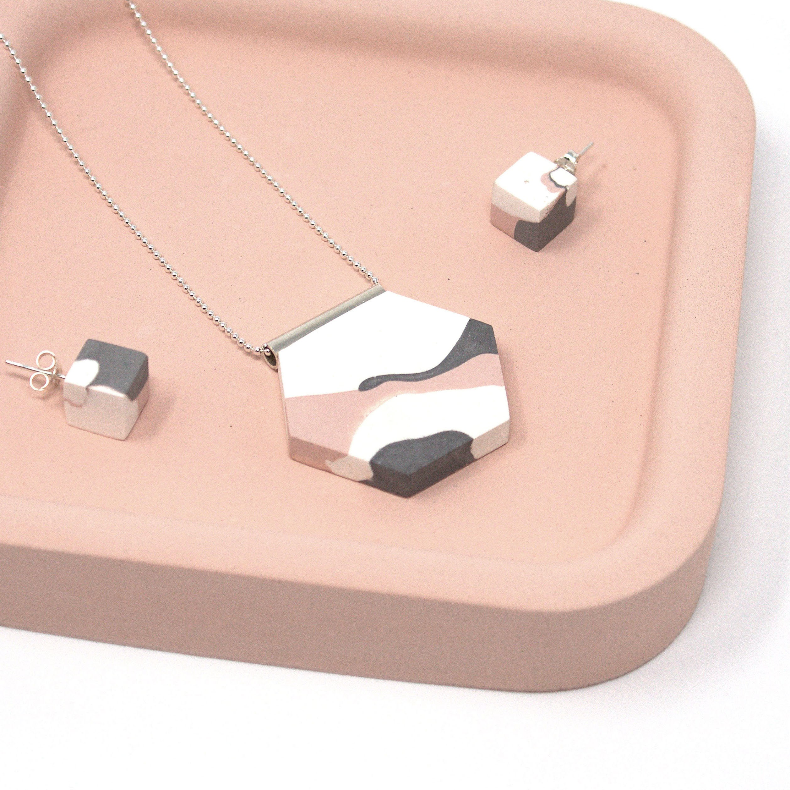 Green Lucky Charm concrete pendant necklace conceptual jewellery minimalist jewellery brutalist jewellery geometric jewellery