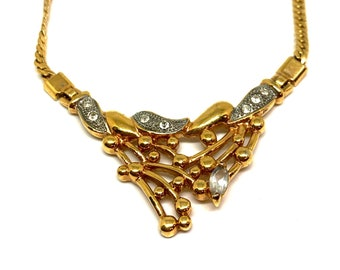 Gold plastron chain 80's
