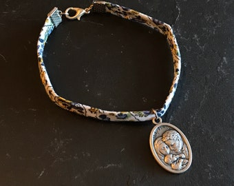 Liberty bracelet and Italian medal