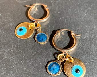 Mini gold creoles, vintage medal and Matiasma