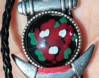 Red flowers bracelet