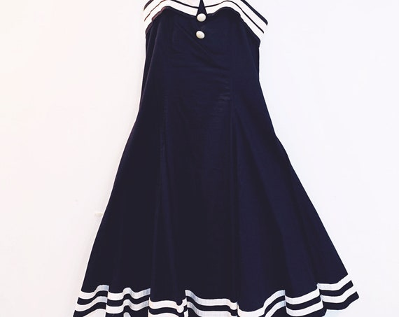 Collectif London Vintage Navy and White Fit and Flare Sailor Nautical Sleeveless Halter Dress UK Size 14 US (SKU 11024CL)
