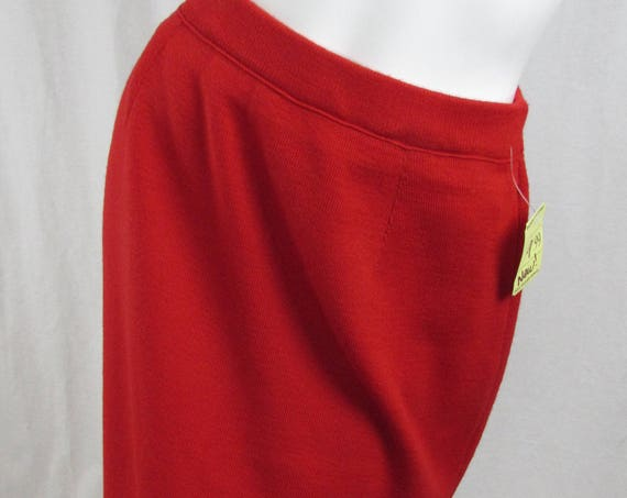 "Contemporary Rodier ""Kasha"" Red Knit Skirt NWTs!!--Sz. 4 (SKU: 10009CL)"